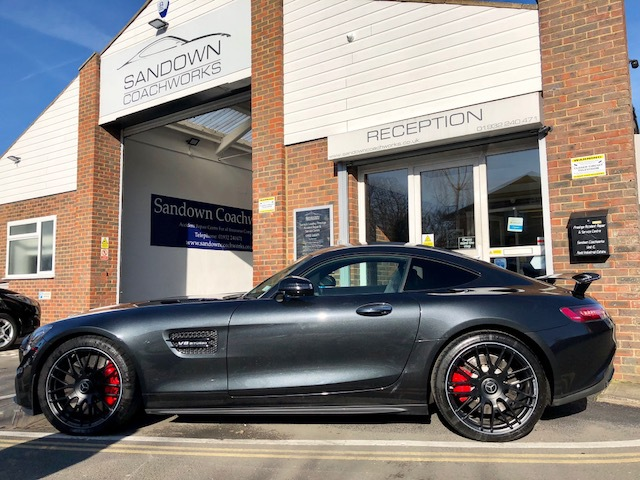 MERCEDES BENZ Accident Repair Centre for Surrey Middlesex London
